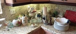 More of the kitchen items.