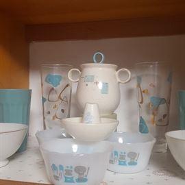 Mid-Century kitchen ware