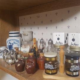 Various vintage Salt 'n Pepper shakers