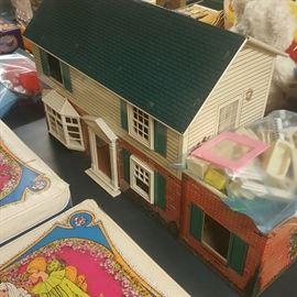 Tine Doll House