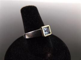 .925 Sterling Silver Princess Cut Blue Topaz Ring Size 6.75