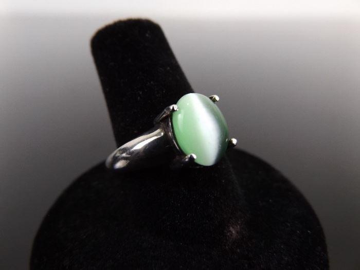 .925 Sterling Silver Green Chrysoberyl Cats Eye Ring Size 9.25