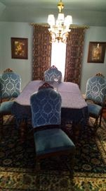 ***BEAUTIFUL*** 1920'S DINING ROOM SET...FIT FOR A KING!!