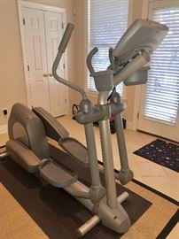 $950 - Life Fitness Club Series Elliptical, commercial grade.  In absolutely perfect condition.