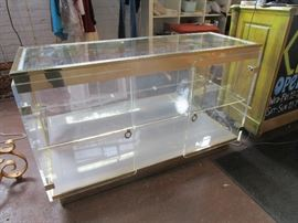 Stunning ucite and glass display case sold as is, (needs to be  rewired)
