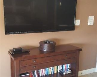 Flat Screen, Hat Boxes, CD's, Video Games and accessories
