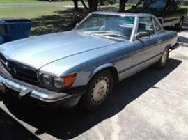 Mercedes 560 SL , 2 door, Great condition!