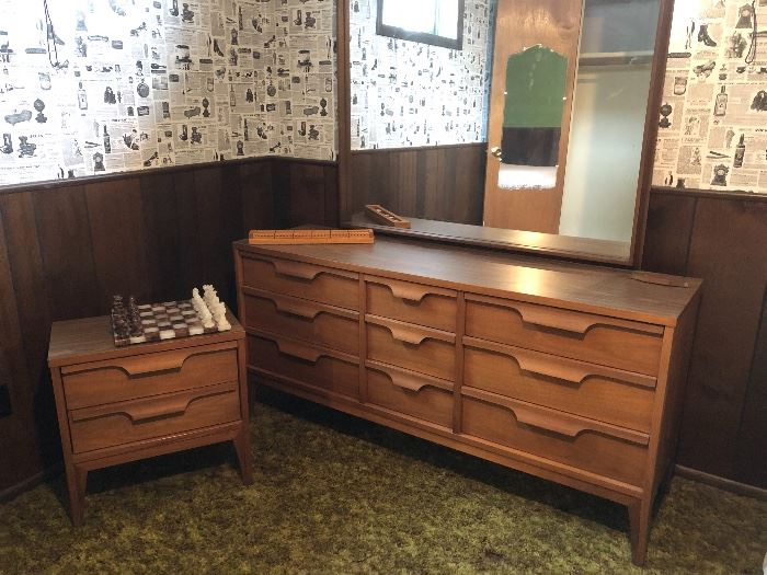 This mid century bedroom set also includes a single bed and tall chest