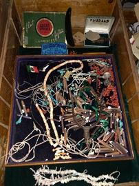 And a whole tray of wonderful antique and vintage native american bits
