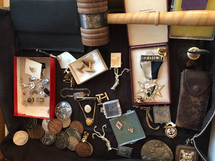 Lots of Masonic goodies