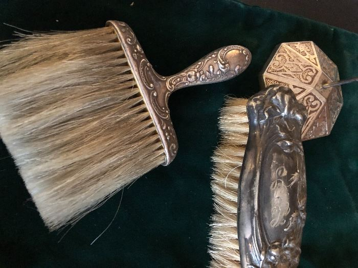 Cool valet grooming brushes