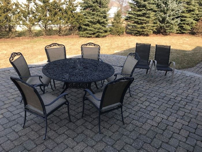 "Fortunoff  60"" Round Patio Set"