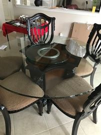 "Raymour & Flanigan 60"" Round Glass Top Dining Table with 5 Chairs & Lazy Susan"