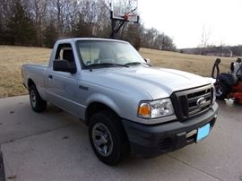 $7500 Ford Ranger 2010 with 93,000 miles