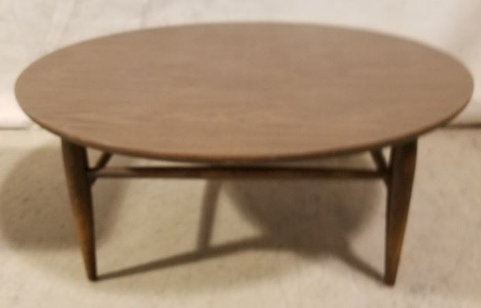 Lane round coffee table