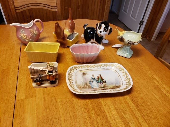 Tray and miscellaneous  planters; Hull, Roseville, USA, McCoy, etc.