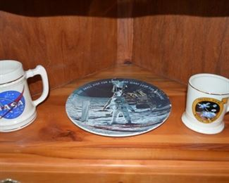 space travel mugs, plate