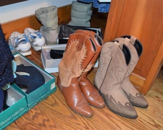lady's boots and shoes (most size 7-7.5)