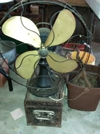 Vintage Emerson old timey tabletop fan with brass blades