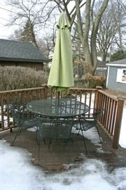 Patio set with Umbrella