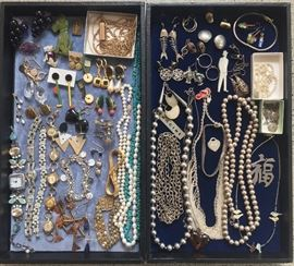 """Artsy & eclectic jewelry - highlights include carved green Bakelite dog pin, 14K gold abacus charm, fun earrings incl. """"Mum & Dad"""" by artist Bob Zoell/Acme Studios, bracelet made of vintage watches, real pearl necklaces, silver fishbone earrings, sterling bead necklaces & much more"""