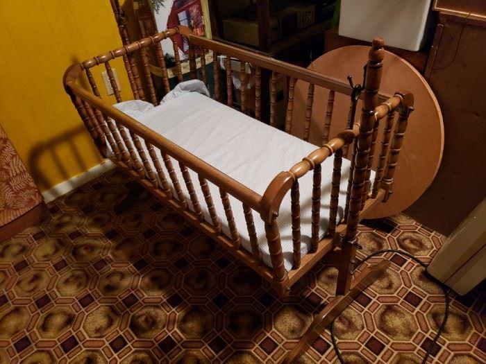 Nice vintage cradle.