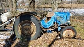 1948 Ford tractor