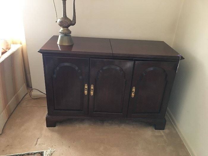 Mahogany Magnavox Cabinet that was converted to a Multi Purpose Cabinet