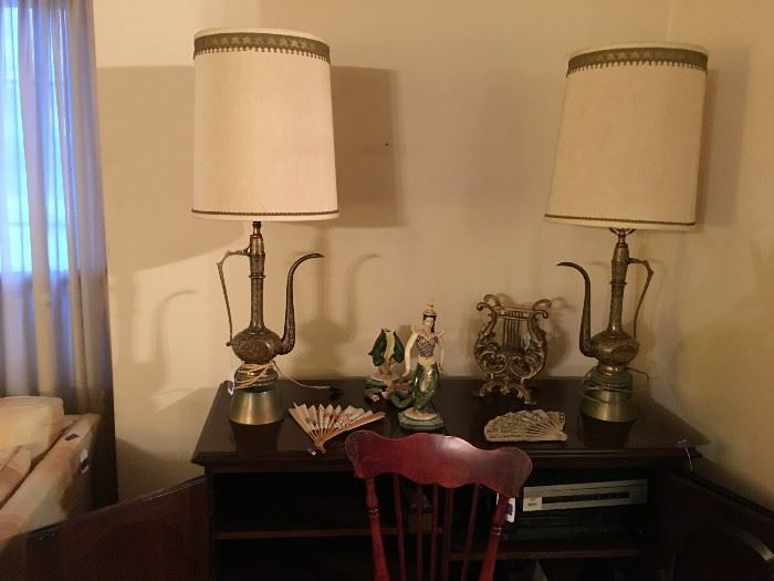 Very cool Aladdin Style Lamps- Need new cords.
