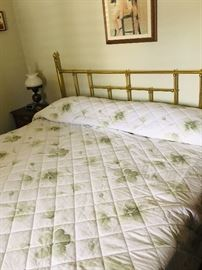 Queen bed good mattress