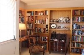 Books, Hard Cover, Soft Cover, Cloth, Leather, Bibles, 1st Editions, Fiction, Novels, Coffee Table Books