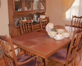 Dining Table with 6 Chairs and Breakfront