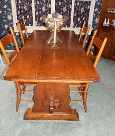 FARM HOUSE TABLE WITH CHAIRS