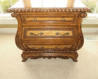 ROCOCO BOMBAY CHEST WITH LEATHER INLAID TOP
