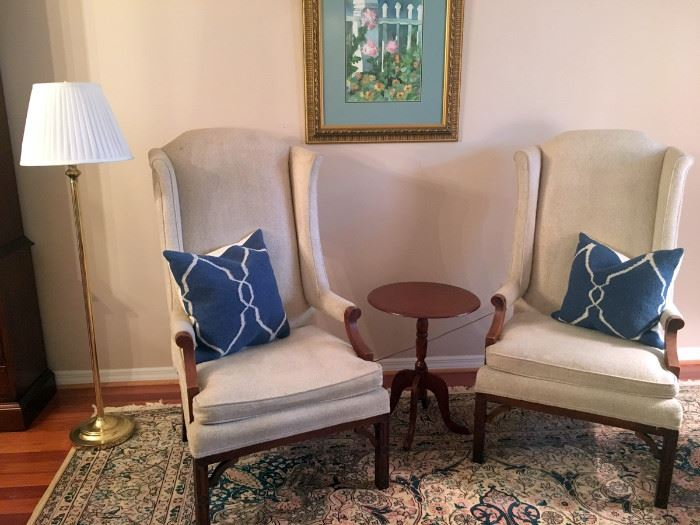 2 Matching Arm Chairs, Floor Lamp, Small Round Side Table, 2 Matching Pillows