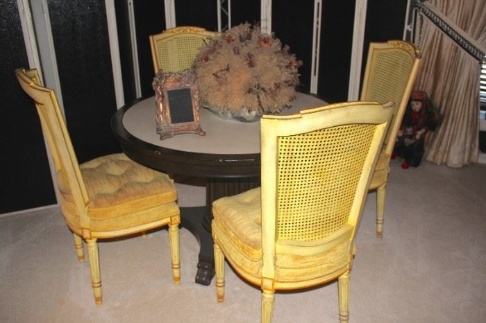 Round Pedestal Table and 4 Chairs with Picture Frame and Dried Arrangement