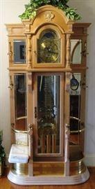 Nice Ridgeway grandfather clock