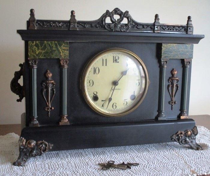 Vintage Sessions clock
