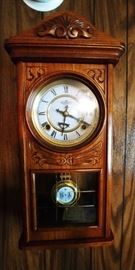 Vintage Centennial Parlor Clock.