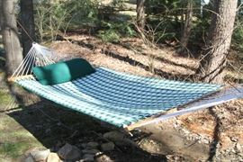 Sunbrella design revisible quilted Hatteras Hammock. Material and rope are mildewproof.