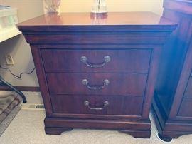 Henredon Cavalier bedside chest