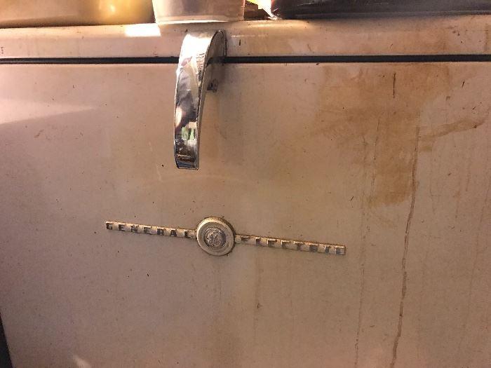 Vintage General Electric freezer chest