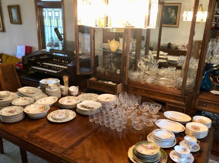 Dining room set, china & glassware
