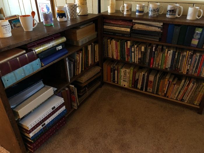 Bookcases Sunday buy it now $ 40 each
