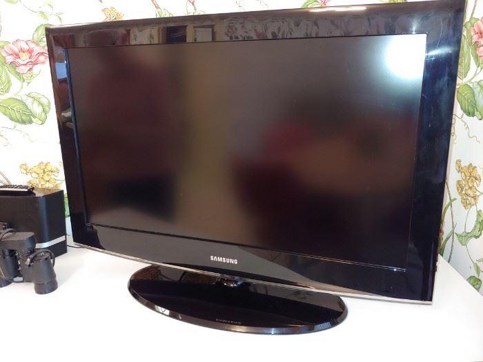 "Samsung, Flat Screen TV's 55"" & 31"""