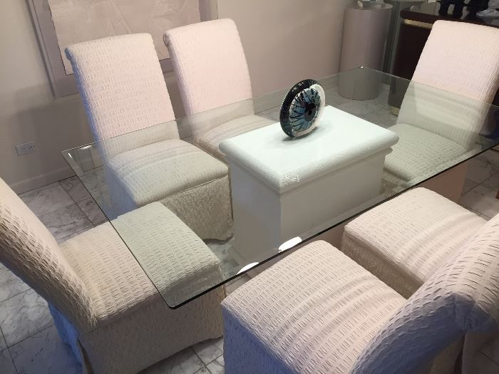 Contemporary Glass Top Dining table & 6 chairs