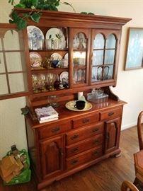 Thomasville Cherry china display/storage hutch