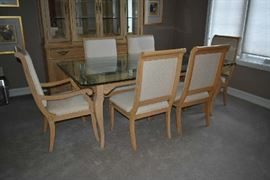 THOMASVILLE GLASS DINING TABLE W/6 CHAIRS