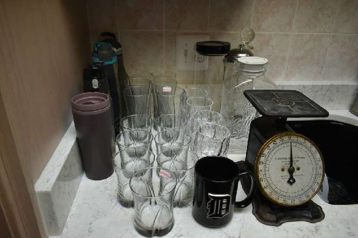 CLEAR GLASS, TRAVEL MUGS, SCALE