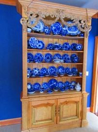 Early 19th century French cabinet and large collection of flow blue transferware